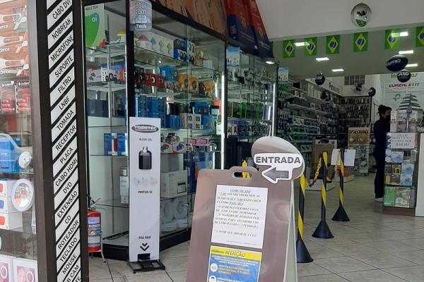 totem-para-alcool-em-gel-totem-clean-86D51C588-BB83-6040-41DA-D41CA40DB0FF.jpg